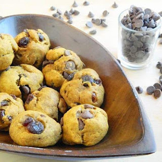 Soft and Spicy Pumpkin Cookies With Chocolate Chips or Raisins (or both).
