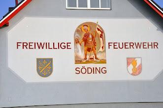 Photo: Kraj alpejski - to i freski dodające wielu budynkom uroku. Święty Florian był na niemal każdej remizie