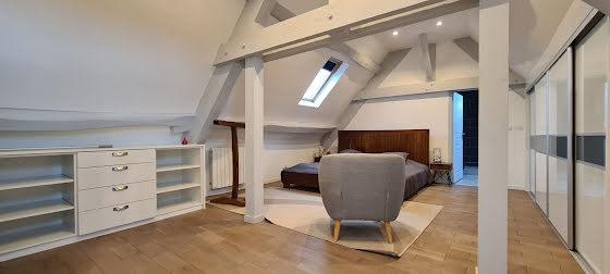 Location maison meublée 8 pièces 257,08 m2
