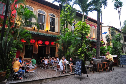 Restaurants and Cafes in Orchard Road