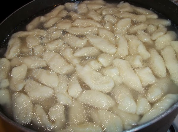 Once all the gnocchi have floated to the top, cook for another minute, drain.