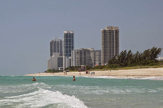Photo: Miami Beach Strand