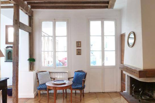 living space at Saint Germain apartment