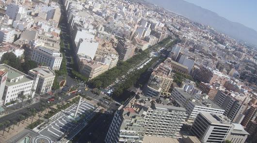 Urbanismo 'estudia' el tráfico del nudo de Rambla, Vía Parque y Almadrabillas