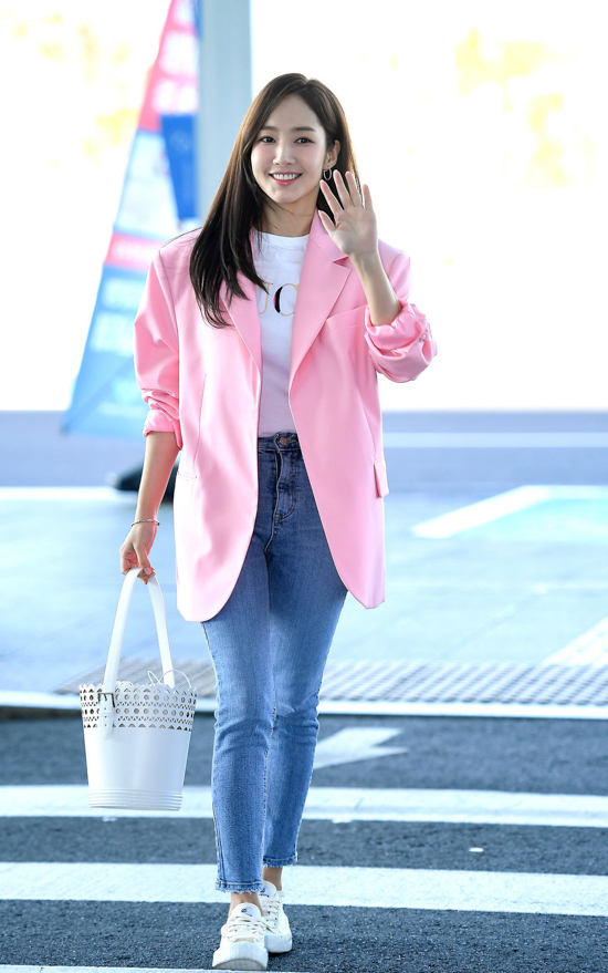 190214_Park_Min-young_-_Incheon_airport-2