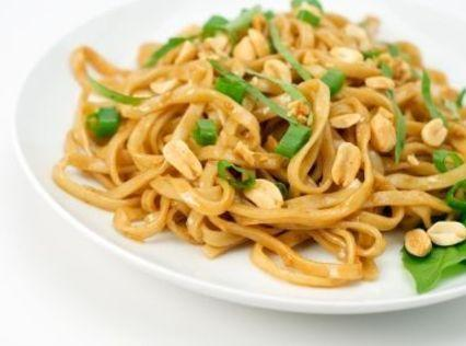 Easy Spicy Thai Noodles With Peanut Sauce Recipe