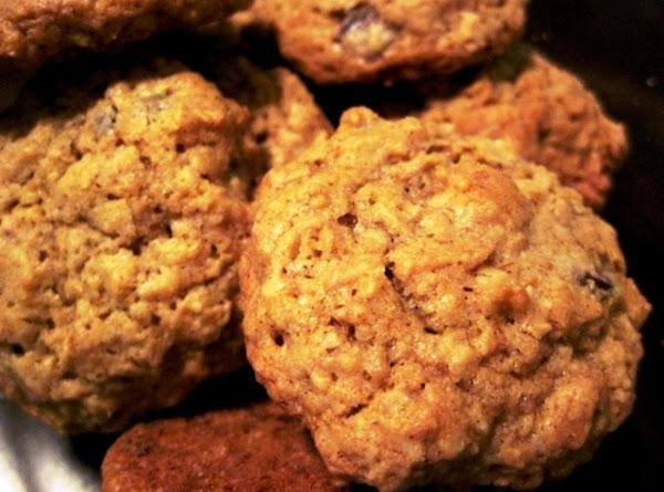 Walnut Sour Cream Jumbles Recipe