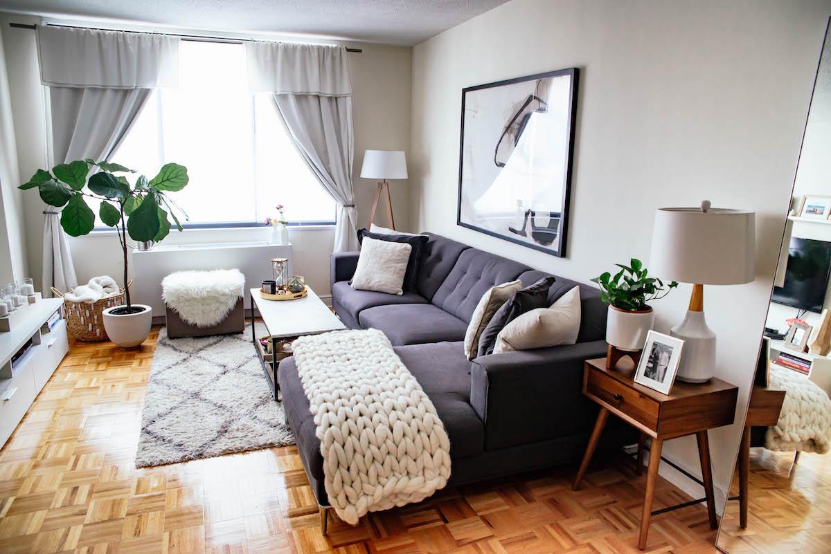 Mẫu phòng khách chung cư chú trọng vào nội thất và các chi tiết