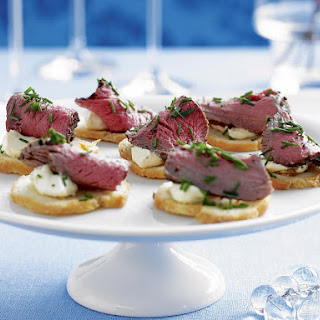 Peppered Beef on Garlic Crostini