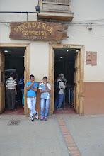 Photo: Comiendo helados en la Panadería la Especial, cuna de helados Tonny