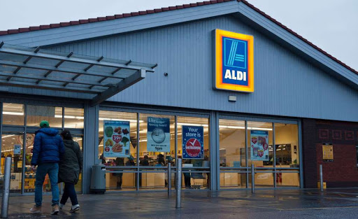 Aldi commits to removing single-use plastic from all  own-brand tea bags by end of year