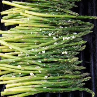 Grilled Asparagus w/ lemon and garlic