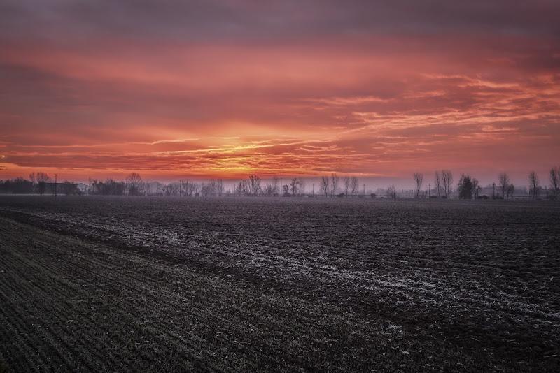 Dalla terra gelata al cielo infuocato di Alessandro Zaniboni Ph