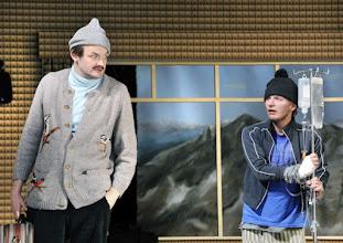 """Photo: WIEN/ Theater in der Josefstadt: """"Totes Gebirge"""" von Thomas Arzt. Inszenierung: Stephanie Mohr. Premiere am 21.1.2016. Roman Schmelzer., Stefan Gorski. Copyright: Barbara Zeininger"""
