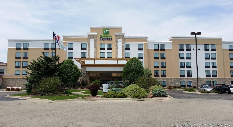 Holiday Inn Express Janesville-I-90 & US Highway 14