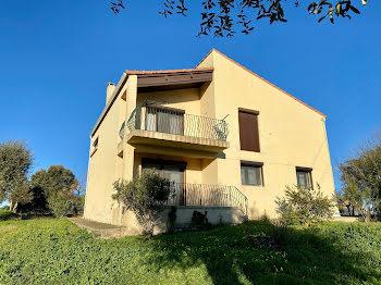 villa à Aleria (2B)