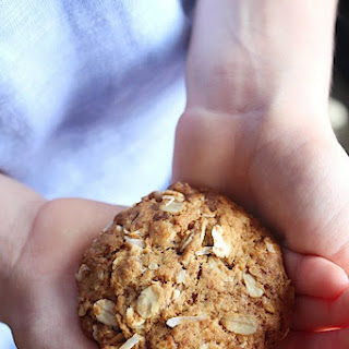 Healthy, wholewheat Anzac Biscuits
