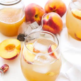 Peach Green Tea Vodka Spritzer.