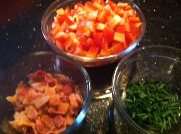 PREPARE TOPPINGS FOR UR WEDGE SALADS
