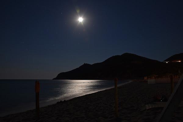 Questa notte protagonista è la Luna di esserre