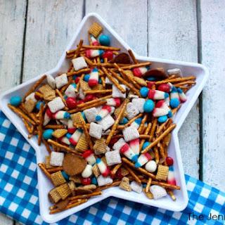 4th of July Snacks! Patriotic Snack Mix