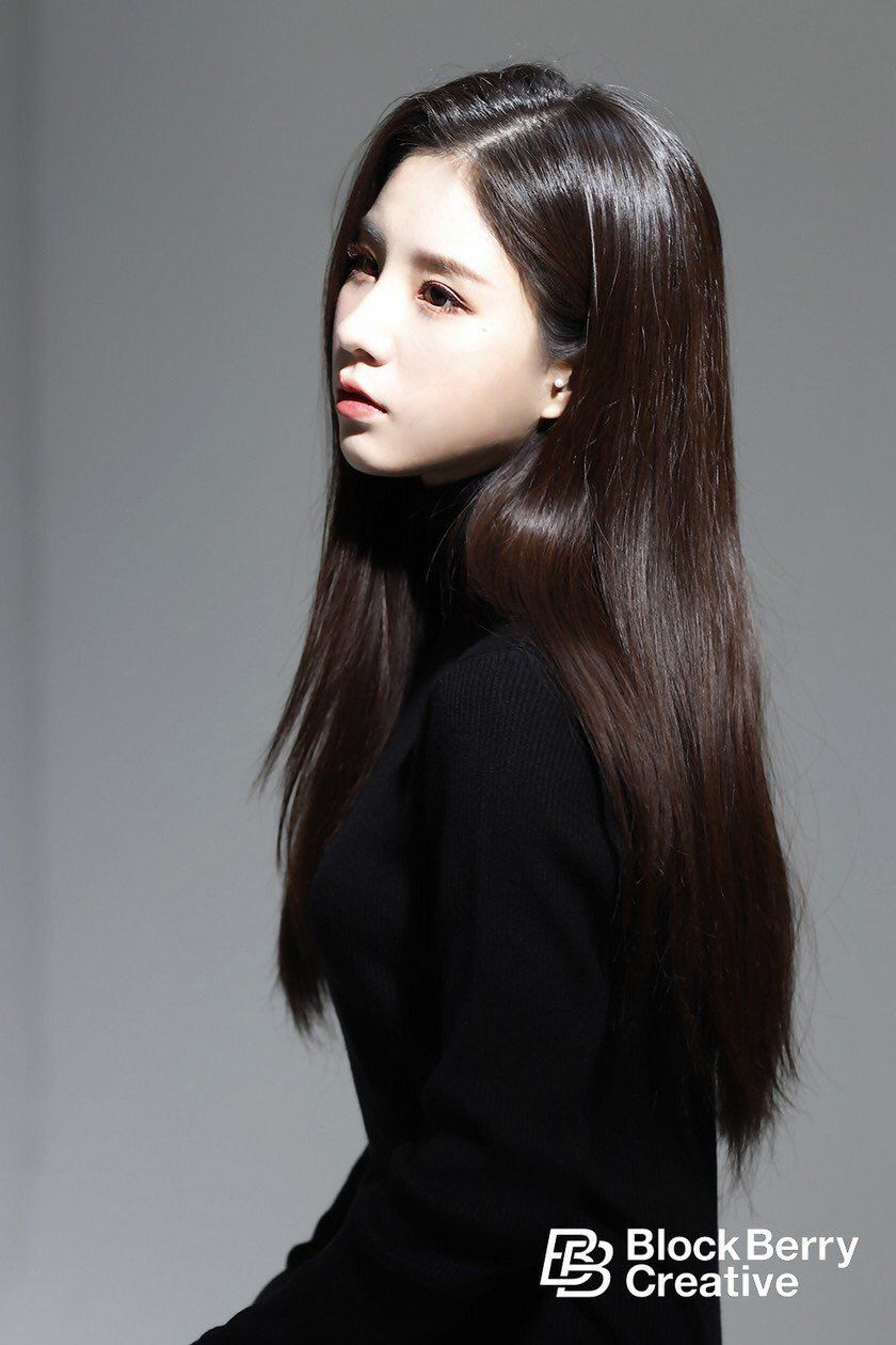 heejin profile 23