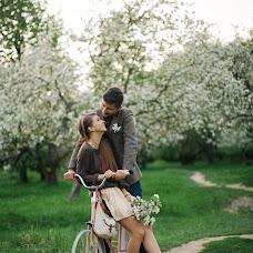 Wedding photographer Dasha Ivanova (dashynek). Photo of 27.03.2017