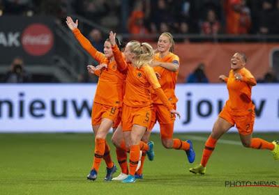 Oranje Leeuwinnen zetten fikse stap richting WK vrouwenvoetbal na klinkende overwinning