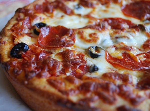 Homemade Pizza Hut Pan Pizza Recipe
