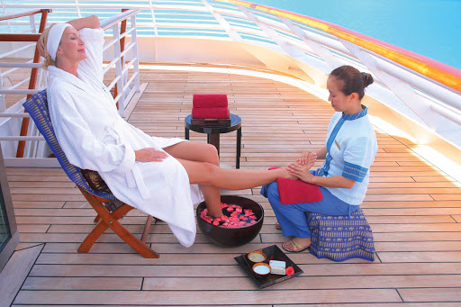 Seadream-spa-pamper.jpg - Allow yourself to be pampered on a SeaDream cruise.