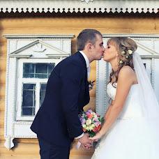 Wedding photographer Ekaterina Gusareva (gusareva). Photo of 15.12.2013