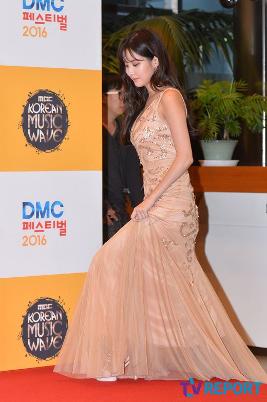 seohyun gown 19