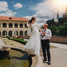 Wedding photographer Irina Kole (VIARTI). Photo of 14.08.2017