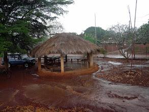 Photo: l'orage gronde, la pluie torrentielle ne durera pas