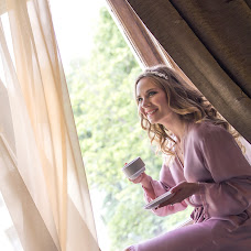Wedding photographer Anna Bazhanova (AnnaBazhanova). Photo of 16.07.2017