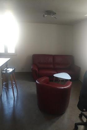 Location studio meublé 22,83 m2