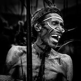 - jokes and laughter by Faried Kactoez - Black & White Street & Candid