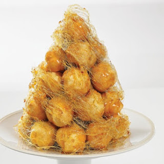 Croquembouche ( French Caramel Glazed Cream Puffs )