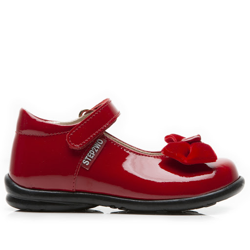 Primary image of Step2wo Palace - Bow Shoe