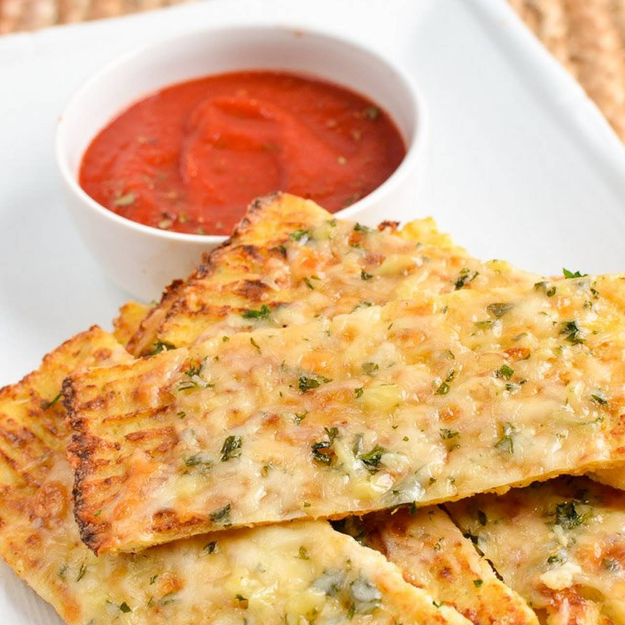 Syn Free Cheesy Cauliflower Garlic Bread