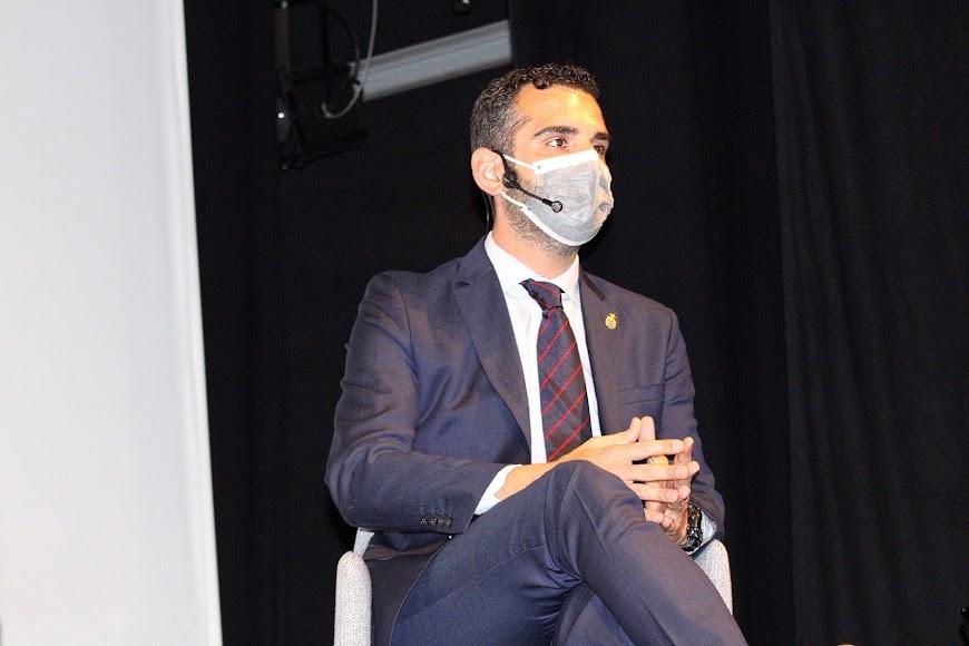 El alcalde de Almería durante su intervención.