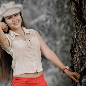 the model by Herdi Fikri - People Fashion