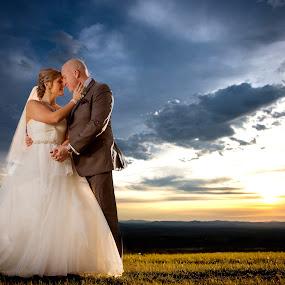 Sunset capture - Bride & Groom by Robert Blair - Wedding Bride & Groom ( family photographer, wedding photography, belleville photographer, belleville wedding photographer, image plus photography )
