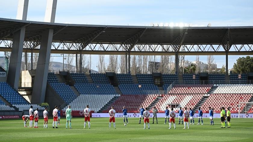 Almería y Oviedo antes de que comenzara el encuentro en el Mediterráneo.