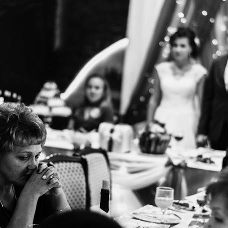 Wedding photographer Vladimir Smetnev (smetnev). Photo of 04.10.2017