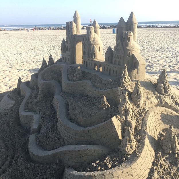 There are many ways to have creative fun at the beach.