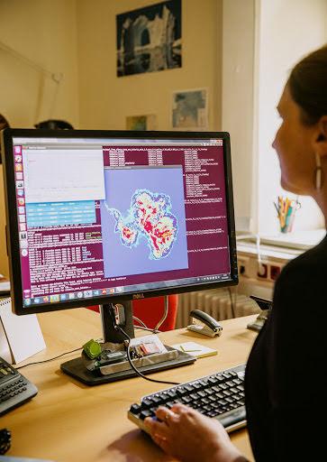Ricarda Winkelmann in ihrem Büro