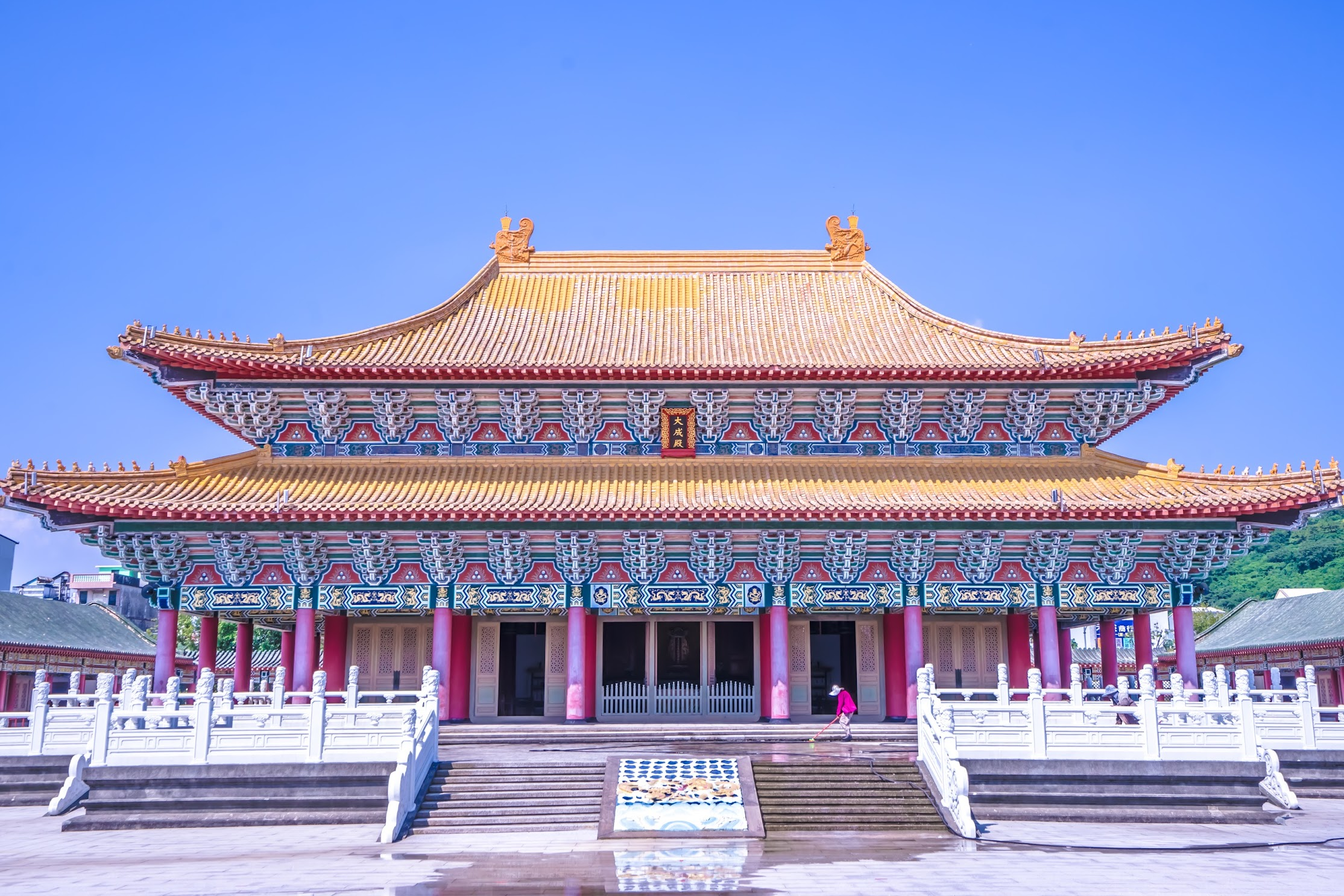 Kaohsiung Lotus Pond Confucius Temple2
