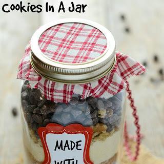 Gluten-Free Vegan Oatmeal Cookies in A Jar.