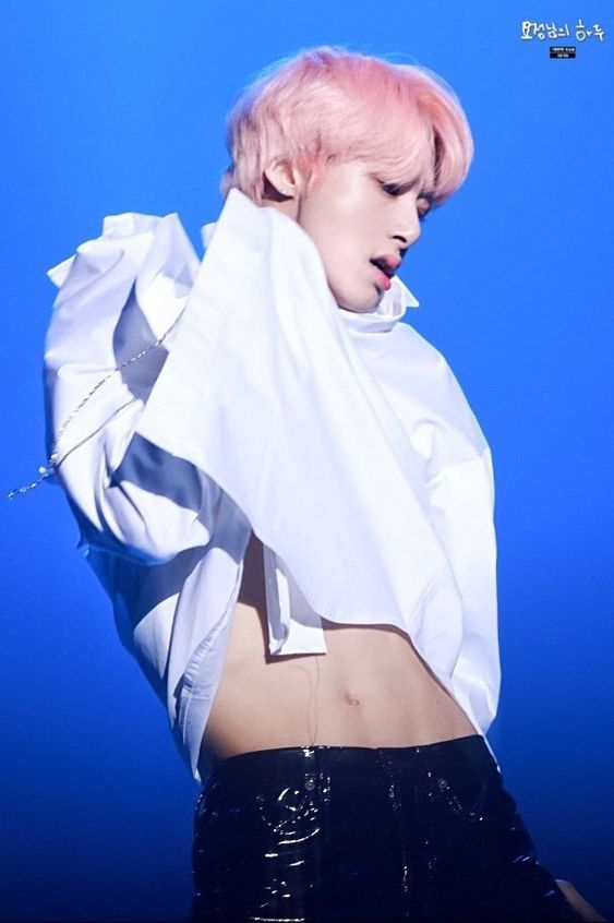 hyungwon body 7